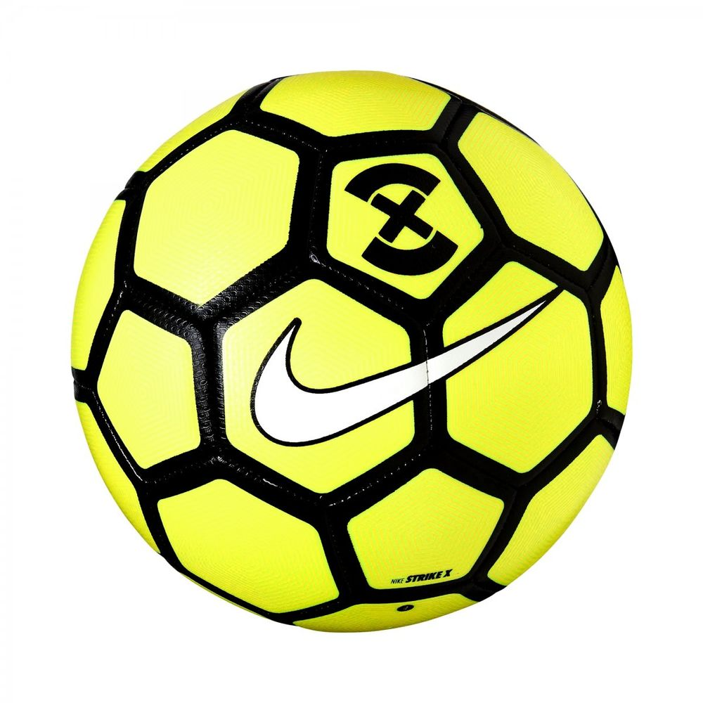 Bola Nike Football Strike - Futebol de Campo - Way Tenis 7eef4c22a4d75