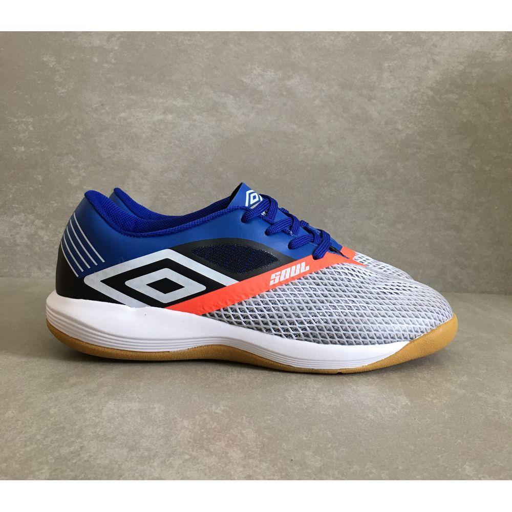 Chuteira-Umbro-Soul-Pro-Futsal-branca-azul-nova-2019--1-