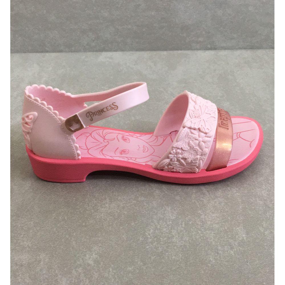 sandalia-grendene-barbie-princesa-fairytale-22024-com-brinquedo-carruagem-tiara-rosa--6-