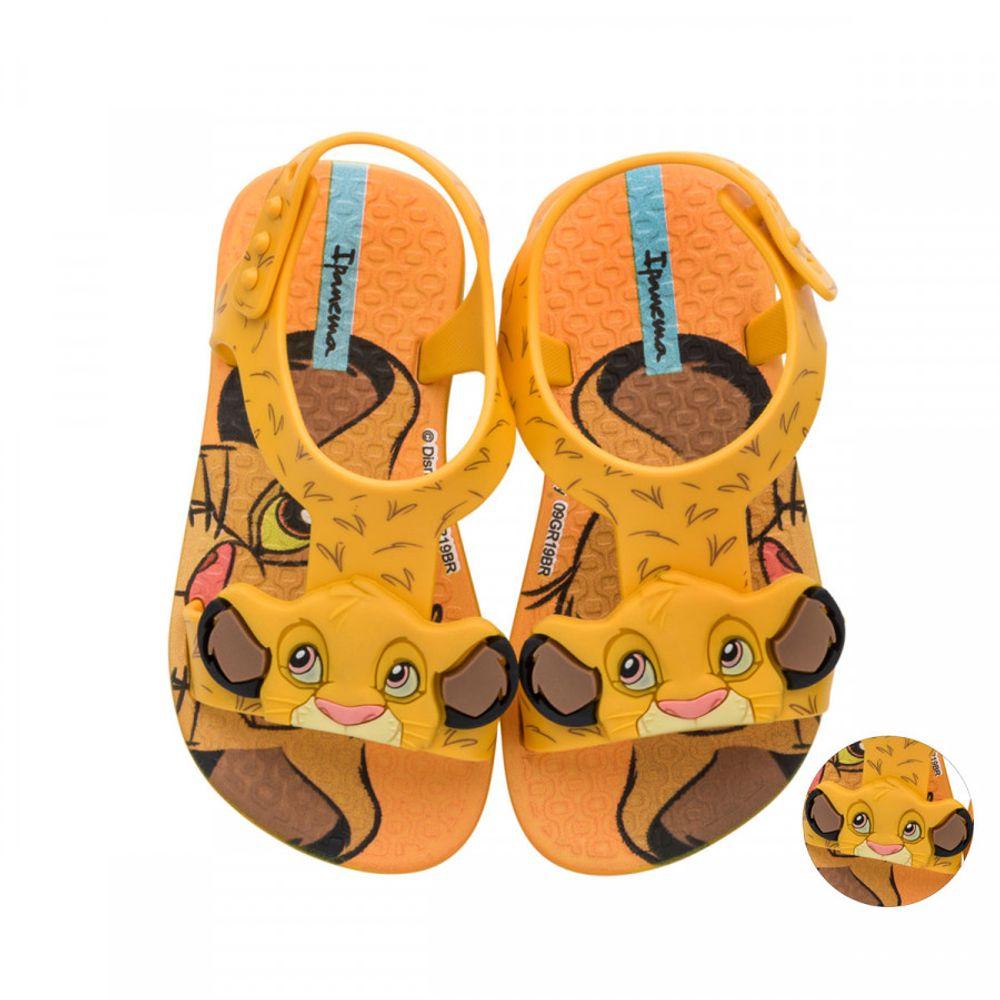 26359-sandalia-ipanema-disney-baby-rei-leao-amarela-vanda-calcados