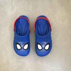 babuche-grendene-homem-aranha-azul-vermelho-vandinha-vandacalcados2