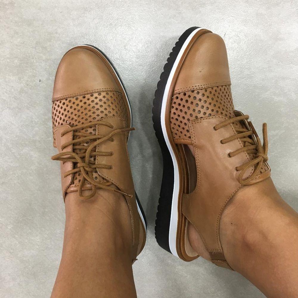 Sapato-Oxford-Giulia-Domna-em-couro-vazado-20537-camel-caramelo-2