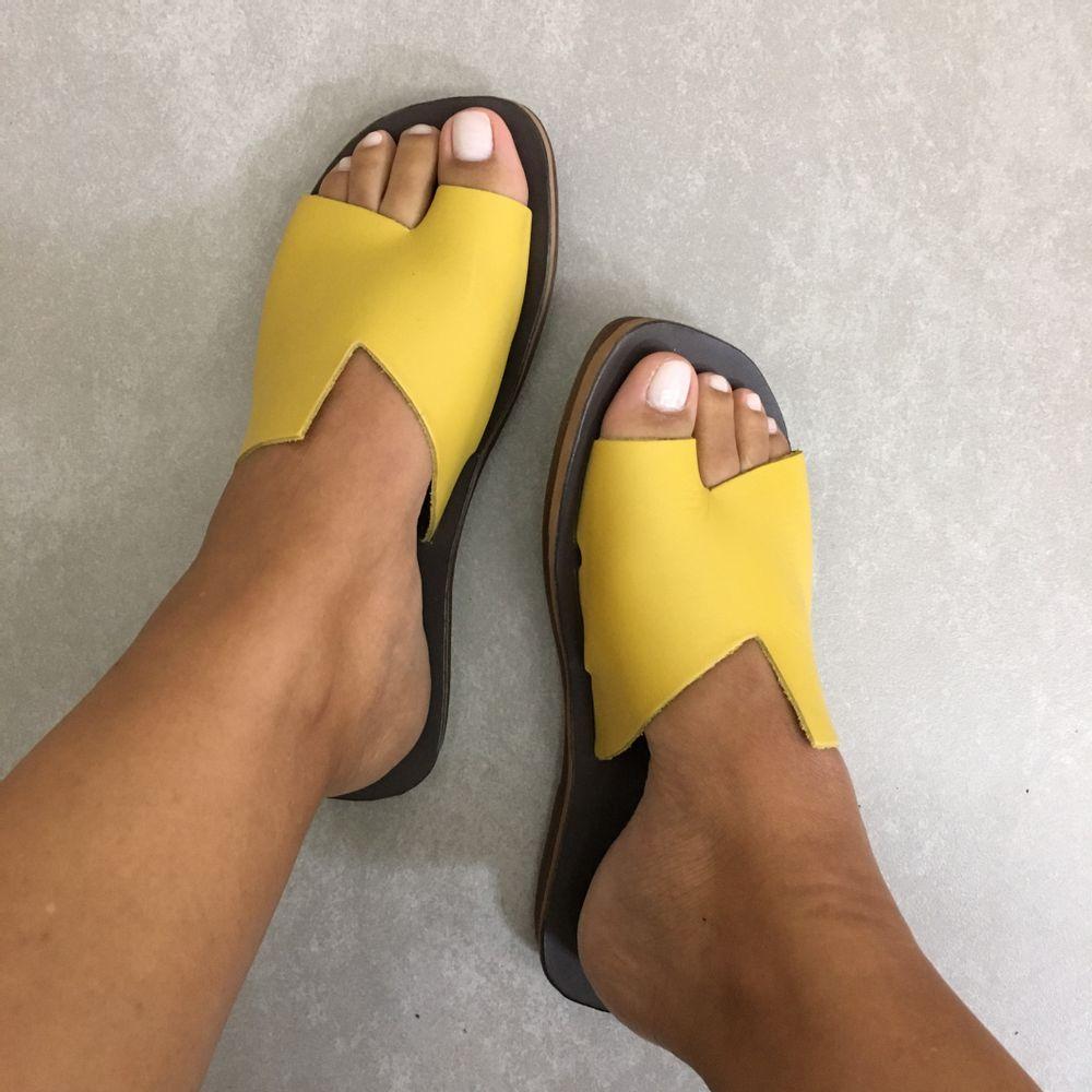 Rasteira-Feminina-Zimbaue-em-couro-1231793-amareloa-marrom--5-