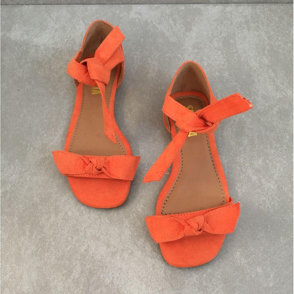 Rasteira-Feminina-Sua-Cia-814012735-SUED-CORAL-de-amarrar-laranja--2-