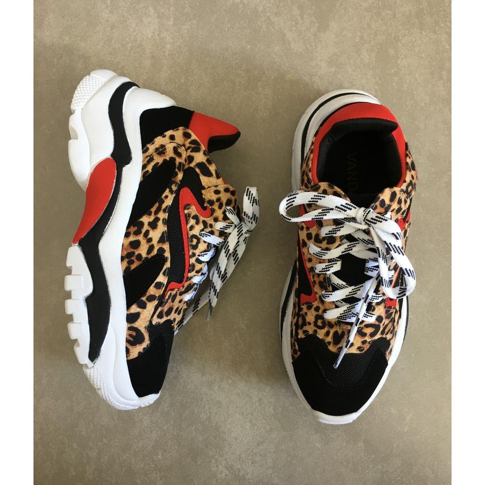 Tenis-Zatz-Chunky-Sneakers-Onca-Z265016255-dad-snekers-de-onca-feminino-preto-vermelho--1-
