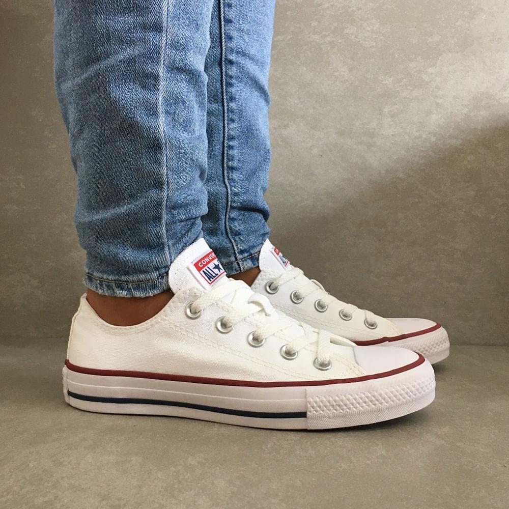 CT0001-Tenis-Converse-All-Star-tradicional-unissex-todo-branco-feminino-cano-baixo--1-