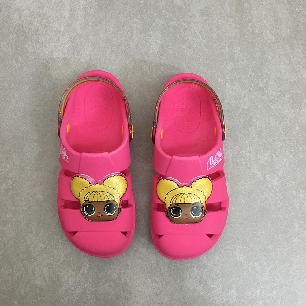 22185-babuche-crocs-grendene-kids-boneca-lol-rosa-colorida-menina--1-