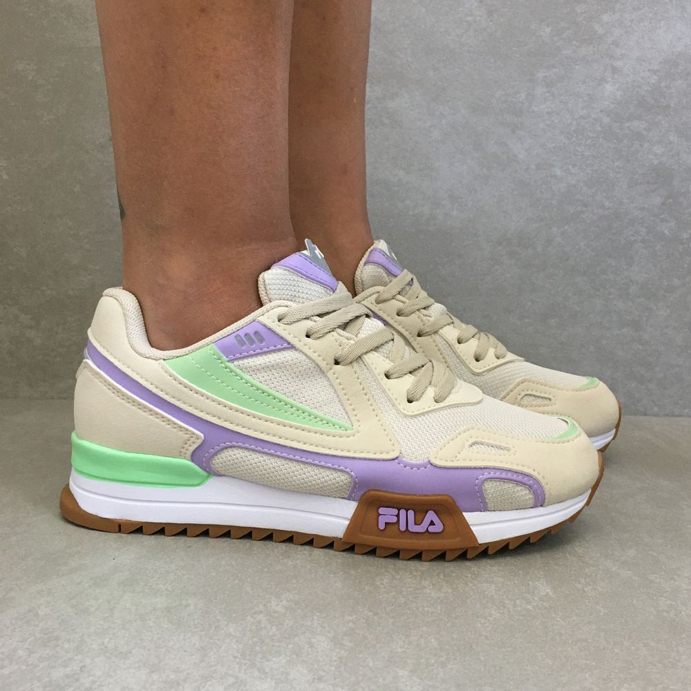Tenis-Fila-Feminino-Fore-Jogger-bege-verde-waytenis-vandacalcados1
