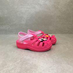 sandalia-grendene-baby-aranha-disney-rosa-vandinha-vandacalcados2
