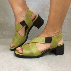 341144-sandalia-soraya-elastico-salto-pistache-verde-em-couro-vandacalcados1--4-
