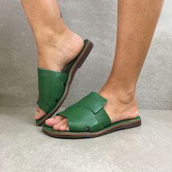 1231799-rasteira-zimbaue-gaspea-trancada-verde-vandacalcados2
