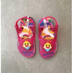 26564-chinelo-ipanema-baby-shark-infantil-rosa-amarelo-vandacalcados-vandinha2
