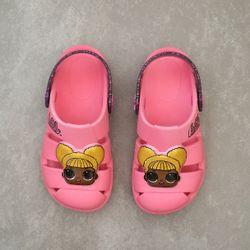 22185-babuche-grendene-kids-infantil-lol-hype-rosa-vandinha2