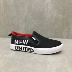 435191-tenis-pampili-now-united-slip-on-preto-vandinha-vandacalcados3