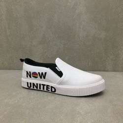435192-tenis-pampili-now-united-slip-on-branco-vandinha-vandacalcados3