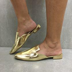 818813109-sapato-sua-cia-mule-light-gold-vandacalcados2