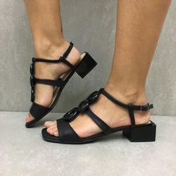30507043-sandalia-zabumba-salto-quadrado-preto-vandacalcados1