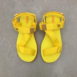 cp3318-papete-capricho-amarelo-canario-vandacalcados1