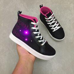 435141-tenis-pampili-sneaker-luz-preto-vandinha2