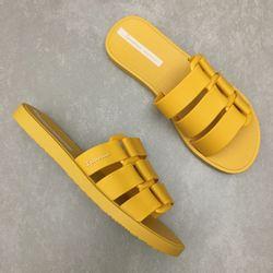 26519-chinelo-ipanema-bold-gaspea-amarelo-vandacalcados3