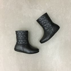 367122-bota-pampili-jujuba-preto-vandinha4