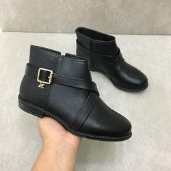 2167221-bota-molekinha-cano-curto-gliter-preto-vandinha4
