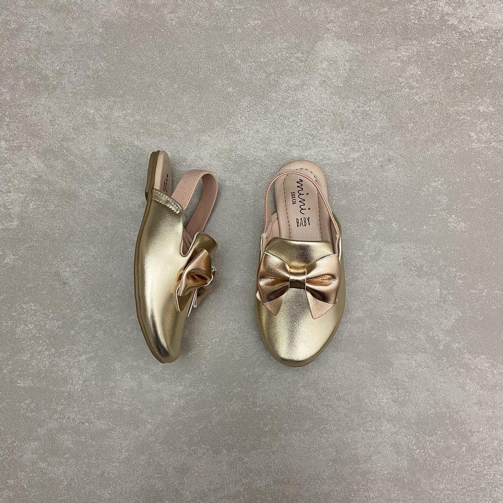 7001100128-sapato-mini-sua-cia-mule-elastico-light-gold-champagne-vandinha3