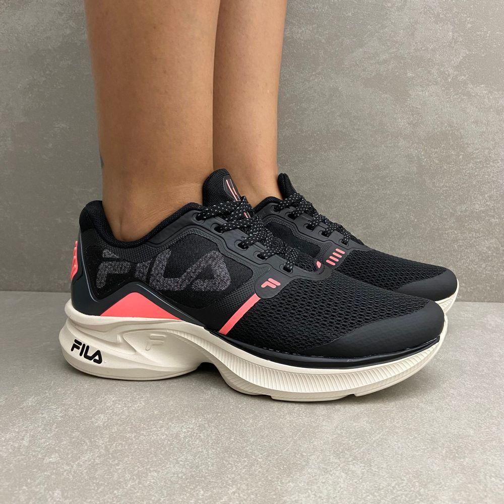 racer-move-w-tenis-feminino-fila-preto-salmao-vandacalcados4