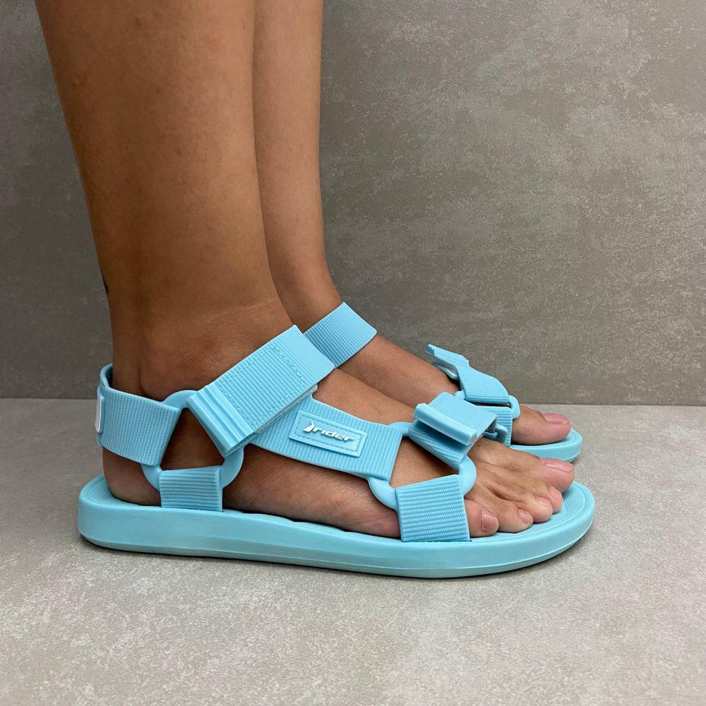 11671-sandalia-papete-rider-free-style-azul-claro-vandacalcados5