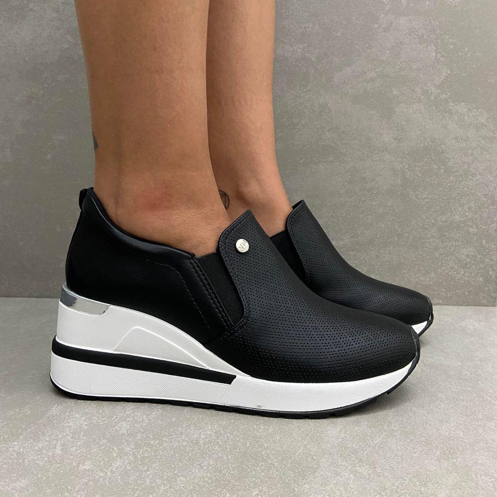 211202-tenis-via-marte-sneaker-slip-on-anabela-preto-vandacalcados