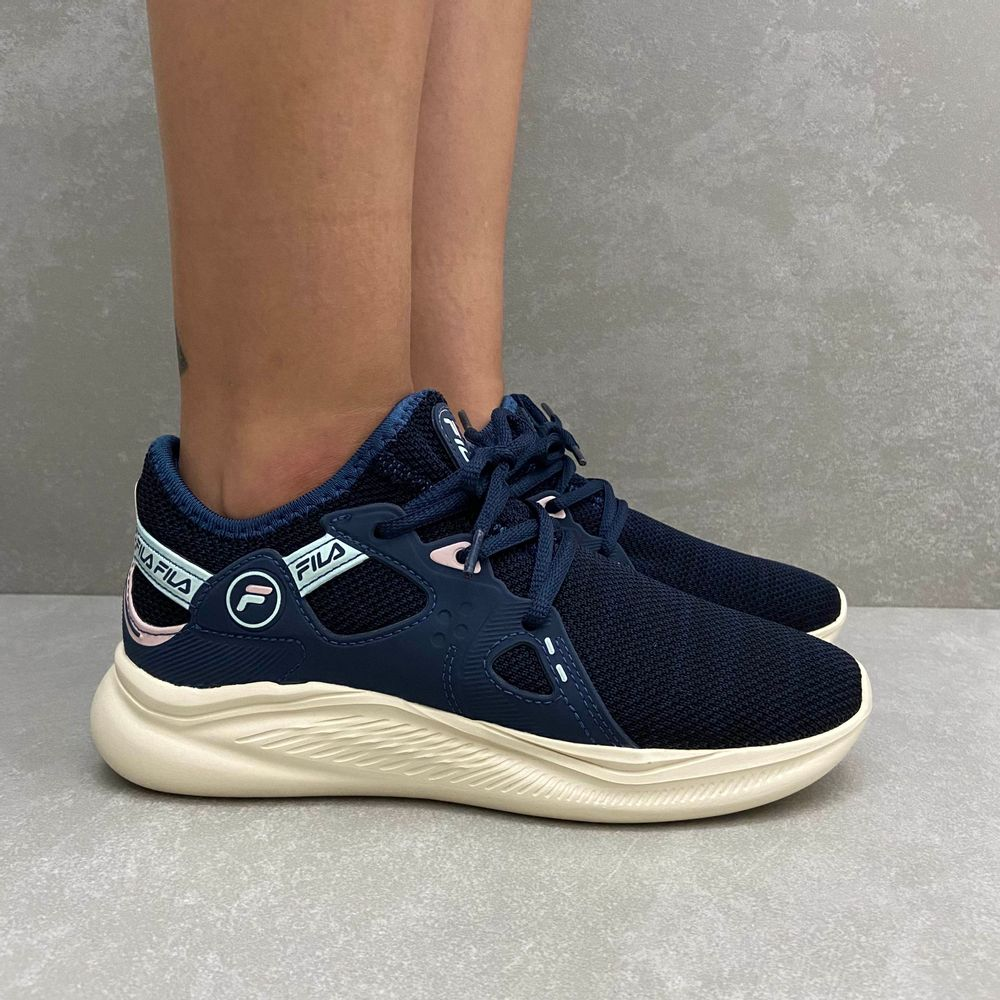 presence-tenis-feminino-fila-azul-marinho-bege-vandacalcados1