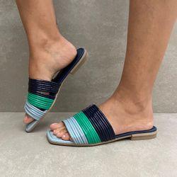 q3481-rasteira-feminina-mississipi-azul-com-gaspea-e-tiras-em-verniz-aqua-marinho-vandacalcados2