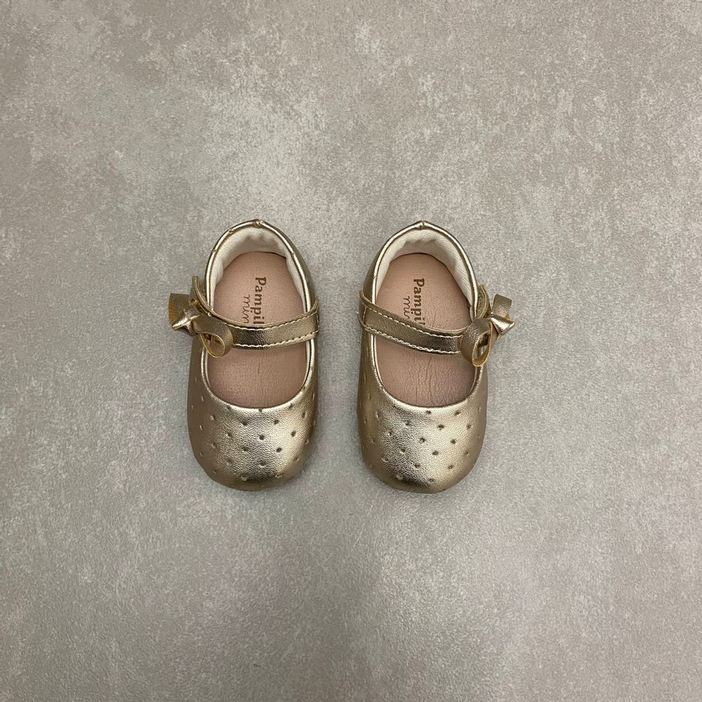 379618-sapato-pampili-boneca-dourado-vandinha1