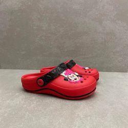 22489-babuche-grendene-kids-minnie-vermelho-vandinha2