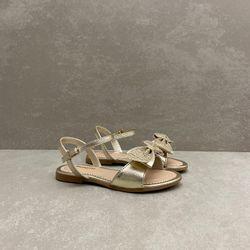 409226-sandalia-pampili-cherrie-dourado-vandinha3