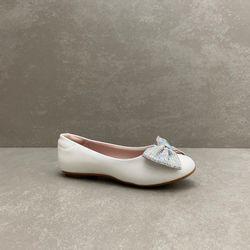 2083997-sapatilha-molekinha-glamour-verniz-branco-vandinha3