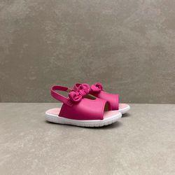2717102-sandalia-molekinha-flat-laco-napa-pink-vandinha3