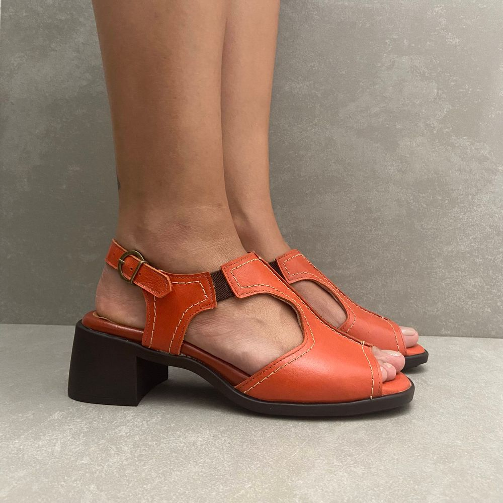 341669-sandalia-soraya-mara-laranja-couro-vandacalcados4